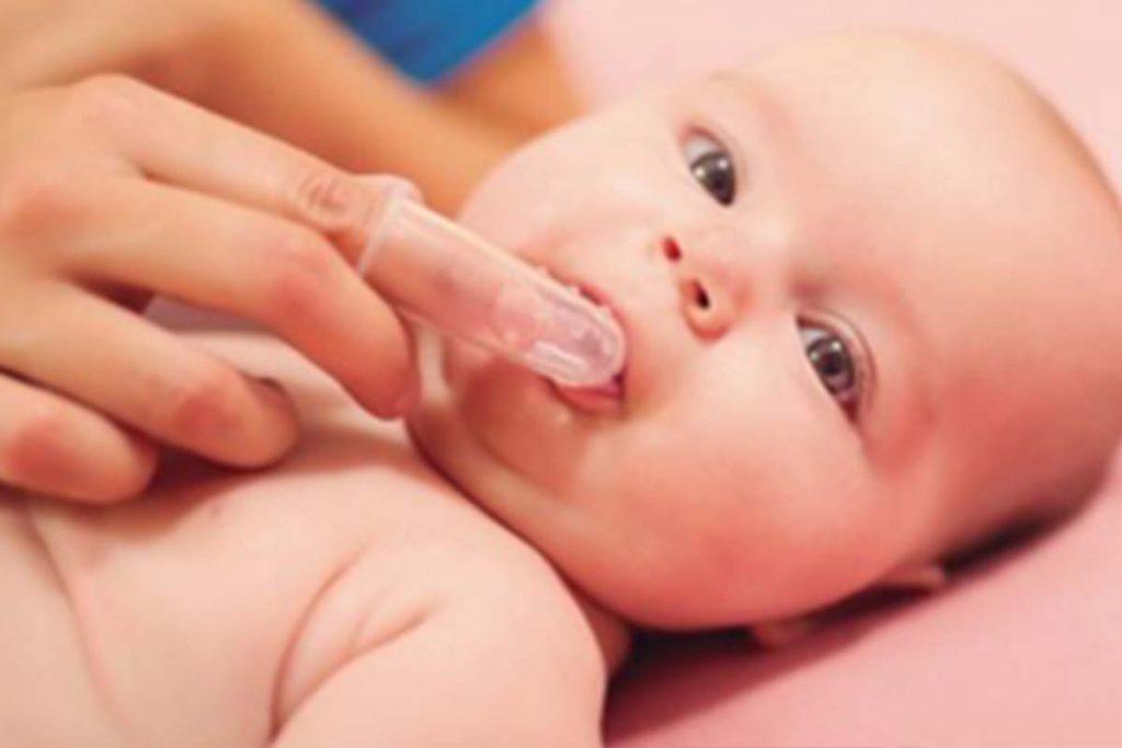 bebe-dentista-cordoba